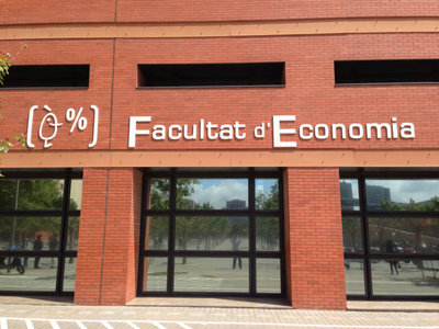 Facultad Economia UV